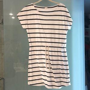 Short sleeve cotton mini dress